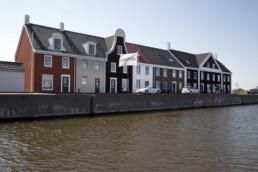 110718 BLAUWE STAD - Geveke bouwt huizen in het havenkwartier aan het water.