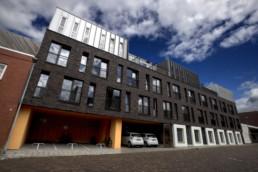 070720 GRONINGEN - appartementen in de Barestraat - De Kampioen